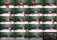 Olga fucks and masturbates on the bed [FullHD / 2020]