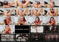 Poo in dress - Valentynexx | 2020 | FullHD | 232 MB